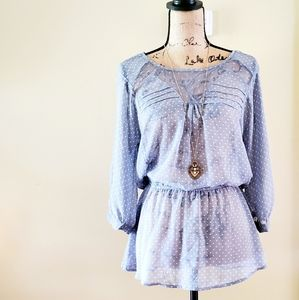 🚨5 for $25 sale!! Blue and white polka dot blouse